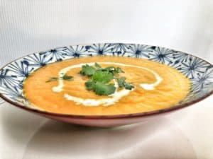 curried carrot turmeric soup