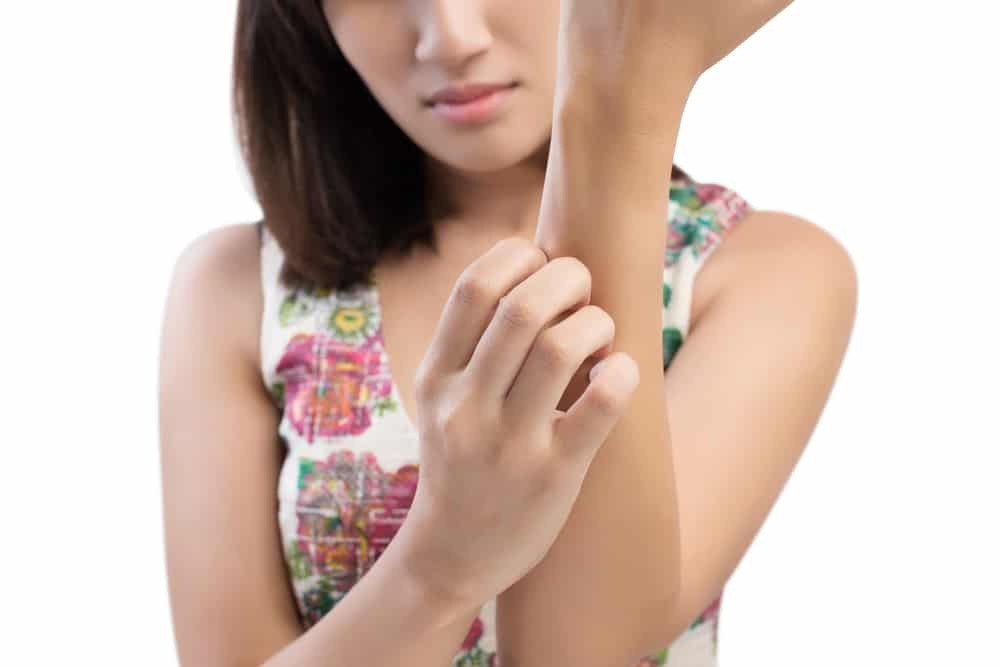 body toxicity symptoms - itchy skin on arm